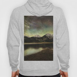 Milky way over twin lakes Hoody