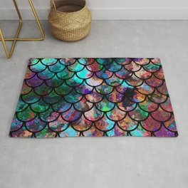 Abstract Black Fish Scales Pattern Rug