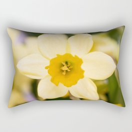 Tête-à-Tête Daffodil Fully Open Rectangular Pillow
