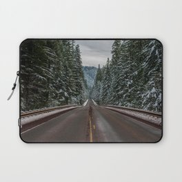Winter Road Trip - Pacific Northwest Nature Photography Laptop Sleeve