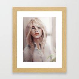 Historia Framed Art Print