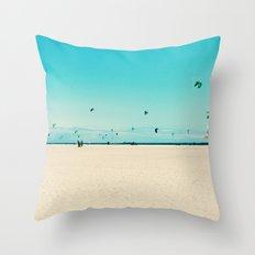 KITE SURFING Throw Pillow