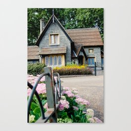 London's Grounds Keeper Canvas Print