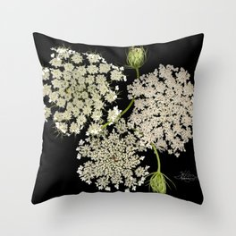 Queen Ann's Lace, Scenography Throw Pillow