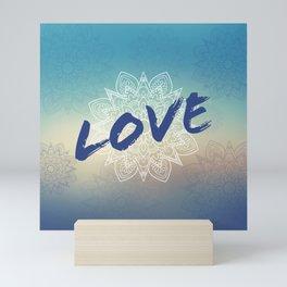 Love et mandala bleu Mini Art Print