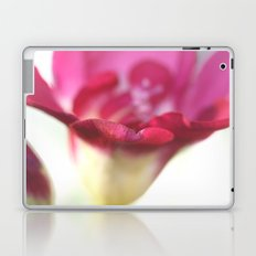 lightpinkflower Laptop & iPad Skin