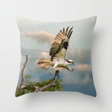 Osprey with nesting material Throw Pillow