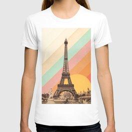 Rainbow Sky Above The Eiffel Tower T-shirt