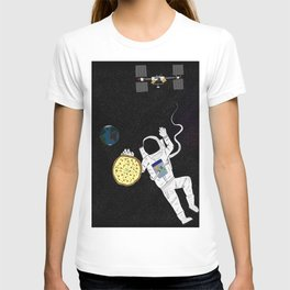 Pizzastronaut T-shirt