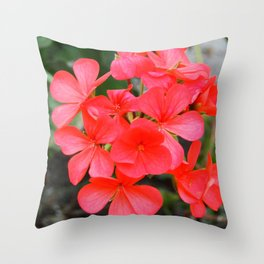 Red blossom pattern Throw Pillow