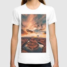horse shoe bend canyon T-shirt
