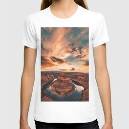 horse shoe bend canyon T-shirt