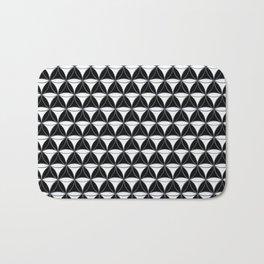 Cone Pattern White Black Bath Mat