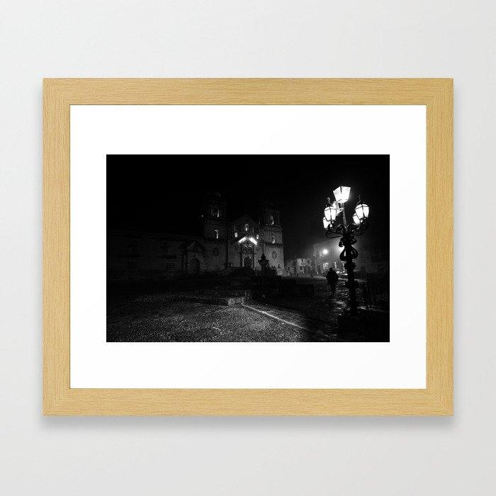 Niebla Framed Art Print