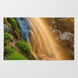Glowing Loup of Fintry Waterfall Rug
