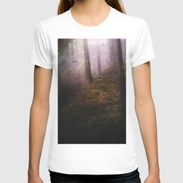 Travelling darkness T-shirt