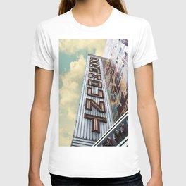 Paramount - Oakland, CA T-shirt