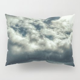 Thunder is coming Pillow Sham