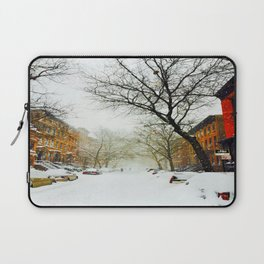 NYC @ Snow Time Laptop Sleeve
