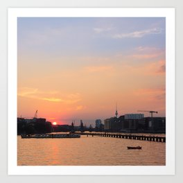 berlin kreuzberg -  skyline, sunset, river and boats Art Print
