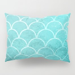 Grunge textured large scallops in limpet blue Pillow Sham