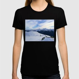 The snowy rocks at mountain tops T-shirt
