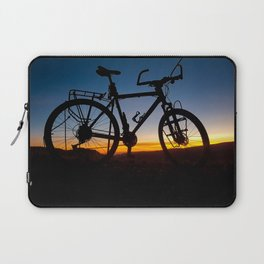 Cycling in thin air. Laptop Sleeve
