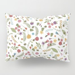Bees in spring Pillow Sham