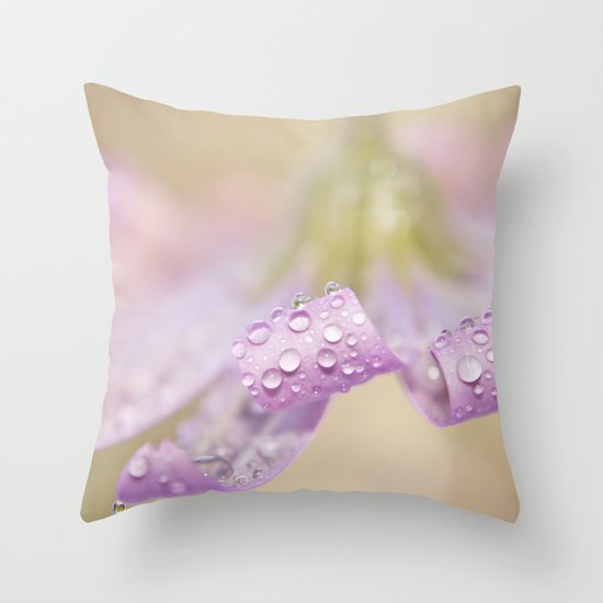 daisy curls Throw Pillow