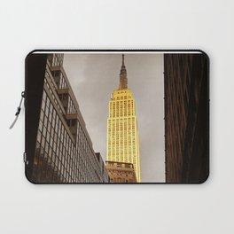 Empire State Building Facing Sun Laptop Sleeve