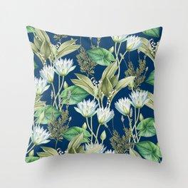 Lilyka || Throw Pillow
