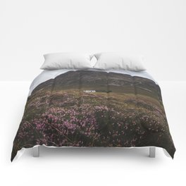The moorland house - Landscape and Nature Photography Comforters