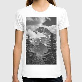 Jungfrau Mountauin. 4.158 Meters. Swithzerland Alps T-shirt