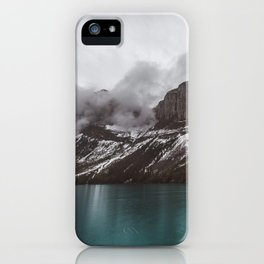 Landscape Maligne Lake Mountain View Photography   Alberta   Canada iPhone Case