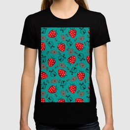 strawberry and beatle surface pattern seaform green color T-shirt