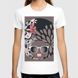 Afro Diva : Sophisticated Lady Pale Pink Peach Taupe T-shirt