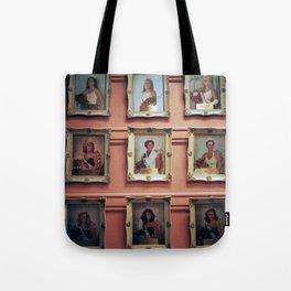 beauty queens Tote Bag
