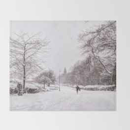 snow days in the park Throw Blanket