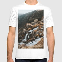 Autumn falls - Landscape and Nature Photography T-shirt