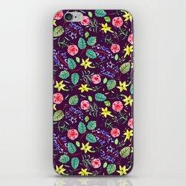 Etno flowers iPhone Skin