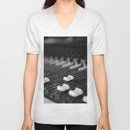 Mixer Unisex V-Neck