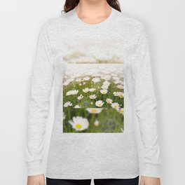 White herb camomiles clump Long Sleeve T-shirt