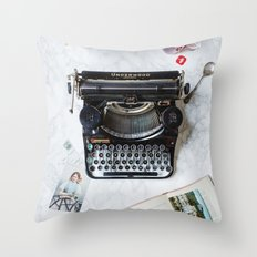 Typewriter Love. Throw Pillow