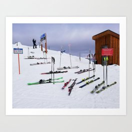Skiers can't read ;o) Art Print