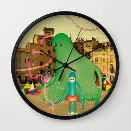 LuCCA è AbiTAtA dai MostRi Wall Clock