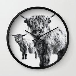 HIGHLAND COW - LULU & SARA Wall Clock