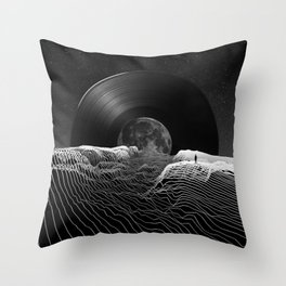 Spin the black circle Throw Pillow