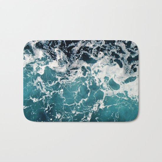 Churning Water Bath Mat