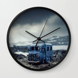 Little cars, Big Planet (Snow) Wall Clock