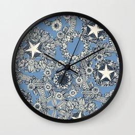 cirque fleur blue Wall Clock